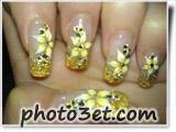 طراحی گل طلایی سه بعدی روی ناخن